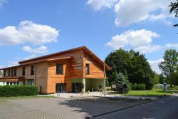 Hotel & Restaurant Waldcafe Hettstedt, Am Kirschweg 21, 06333, Hettstedt