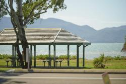 Rowes Bay Beachfront Holiday Park, 46 Heatley Parade, 4810, Townsville