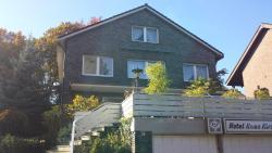 Hotel Haus Kirsch, Willibrordusstraße 74, 41517, Grevenbroich