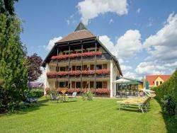 Hotel Stegner, Mainbernheimer Straße 26, 97348, Rödelsee