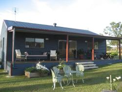 The Wattle Lodge, 1402 Glendon Brook Road, 2330, Glendon Brook