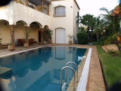 Villa Avec Piscine Casablanca, 12 rue du lieutenant papetieri , les Crêtes Californie, 20000, Le Polo