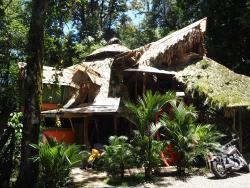 Se Ua B&B and House Of Adventure, 1 km antes del pueblo de Manzanillo, 60111, Puerto Manzanillo