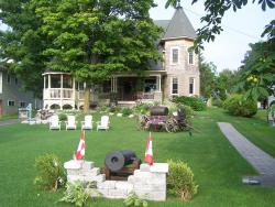 Creighton Manor Inn Bed & Breakfast, 74 Creighton Street, L3V 1B2, Orillia