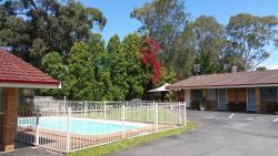 Central Coast Motel, Corner Cutler Drive & Pacific Highway, 2259, 怀昂