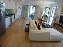 The South Beach Apartment, 1/22 Heirisson Road, 6163, Fremantle
