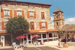 Logis Le Clair Logis, Place De L'eglise, 43150, Laussonne