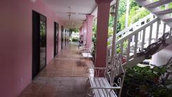 Hotel Boca Barranca, carretera a puerto Caldera, 500mts sur del Double tree by Hilton, frente a la carretera principal, 00011, Boca Barranca
