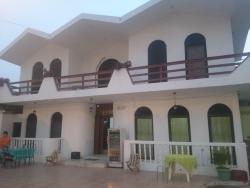 Hostal Mancora, Av. Flavio Reyes, Calle 31. Barrio Umiña, 350850, Manta