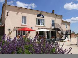 A La Bonne Vie, Auberge, 2 rue de La Panique, 79130, Le Beugnon