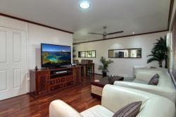 Trinity Tropical Oasis Holiday House, 1/7 Corinda Close, 4879, Trinity Beach