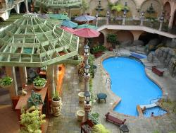 Pacific Inn Resort & Conference Center, 1160 King George Highway, V4A 4Z2, White Rock