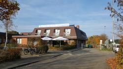 Hotel Restaurant Teichaue, Scharnebecker Weg 15, 21365, Adendorf