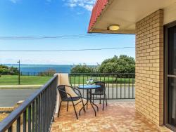 Studio Amazing Ocean Views, 1/129 Flinders Parade, 4020, スカーボロー