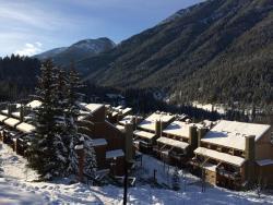 Panorama Mountain Resort - Horsethief Lodge with Fairmont Creek, 2030 Panorama Drive, V0A1T0, Panorama