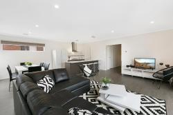 Palm Grove Beach House Dromana, 1/11 Palm Grove Dromana, 3936, Dromana