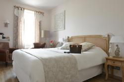 Grand Hotel des Bains, 15 rue du General Bruncher, 17450, Fouras