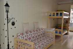 Tangshan Tangtang Youth Hostel, Room 501, Unit 3, Building 110, Intime, Expo Square, Tangshan, Hebei, 063000, Tangshan