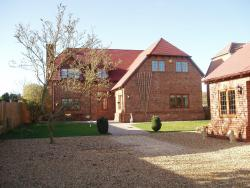 Willows Accommodation, Willows, Cold Ash Hill, RG18 9NX, Thatcham