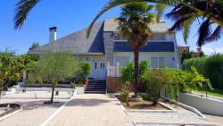 Casa Anaya, Avenida del Pinar 15, 45520, Villaluenga