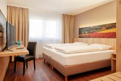 Ramada Hotel Herrenberg, Daimlerstr. 1, 71083, Herrenberg