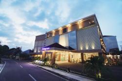 Golden Tulip Essential Belitung, Jl. Seroja A88 & A90 Tanjung Pendam, Jangkang, 33411, Tanjungpandan