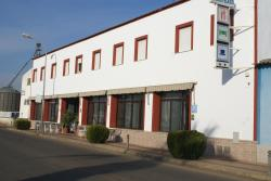 Hostal Velasco, Calzada Romana, 26, 06185, Valdelacalzada