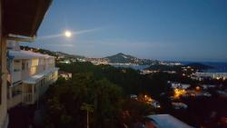 Sunset Gardens Guesthouse, 11-4 Contant/Crown Mountain Rd., 00802, Charlotte Amalie