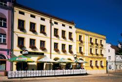 Hotel Praha, Mírové náměstí 49, 550 01, Broumov