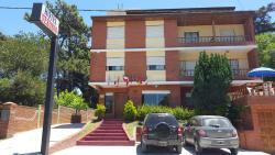 Hotel Vesubio I, Avenida 4 1258, 7165, Villa Gesell