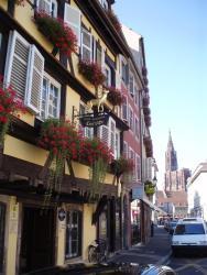 Hotel Restaurant Au Cerf d'Or, 6 Place de l'Hôpital, 67000, Strasbourg