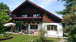 Apartment HAUS MERLIN am Böckelsberg, Semmelweisstraße 6, 99425, Weimar