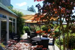 Gibsons Garden Hotel, 963 Gibsons Way, V0N 1V8, Gibsons