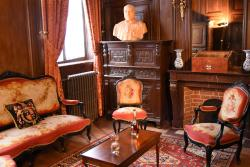 Hotel de Warenghien, 250 Rue Morel, 59500, Douai