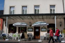 Hotel DeFive, 25 Rue d'Echternach, L 6550 Berdorf