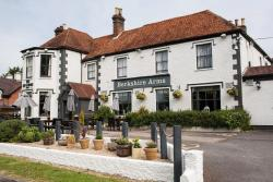 Berkshire Arms by Good Night Inns, Bath Road, RG7 5UX, Midgham