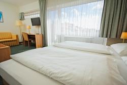 Hotel Wiking, Schützenwall 1-3, 24114, Kiel