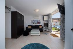 Holiday Homes Suiza Tauro, Paseo Suiza 2, 35138, La Playa de Tauro