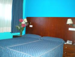 Hotel Las Nieves, Avenida Francia, 13, 22700, Jaca