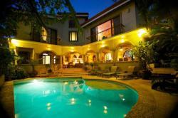 Casa Ventana, 250 metros norte sobre calle principal hacia playa grande , 00011, Refundores