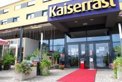 Kaiserrast, Donaukraftwerkstraße 1, A22 Ausfahrt Stockerau Ost, Donaukraftwerk, 2000, Stockerau
