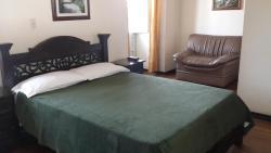 HOTEL LAS NIEVES 2, Calle 24  # 9-97.  Centro, 150001, Tunja