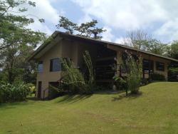 Casa Malecu, Route 142, 44.5 km, Nuevo Arenal, 50807, Arenal