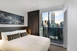 Experience Bella Hotel Apartments, 250 City Road, 3006, Melbourne