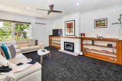 Lake Wendouree Luxury Apartments on Grove, 18 Grove street, 3350, Ballarat