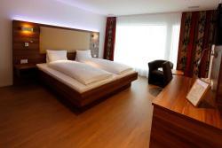 Hotel Schützenhaus, Zürcherstrasse 92, 8730, Uznach