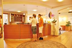 Gartenhotel Feldeck, Klettgaustr. 1, 79787, Lauchringen
