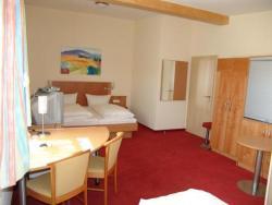 Hotel Pension Futterknecht, Dillinger Str. 7, 89331, Burgau
