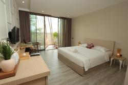 Navela Hotel and Banquet, 9/9 Moo 5, Tambon Donthako, Ampur Muang, Ratchburi , 70000, Ratchaburi
