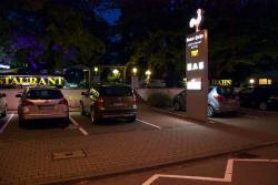 Hotel-Restaurant Roter Hahn, Hessenring 61, 65428, Rüsselsheim